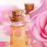 Làm đẹp da từ tinh dầu hoa hồng